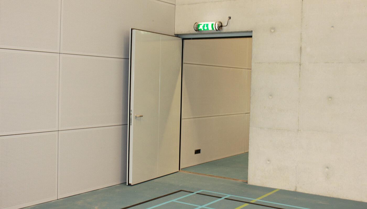 geluidsisolerende deuren sportgebouw