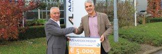 Donatie 5000euro Youth Development Foundation