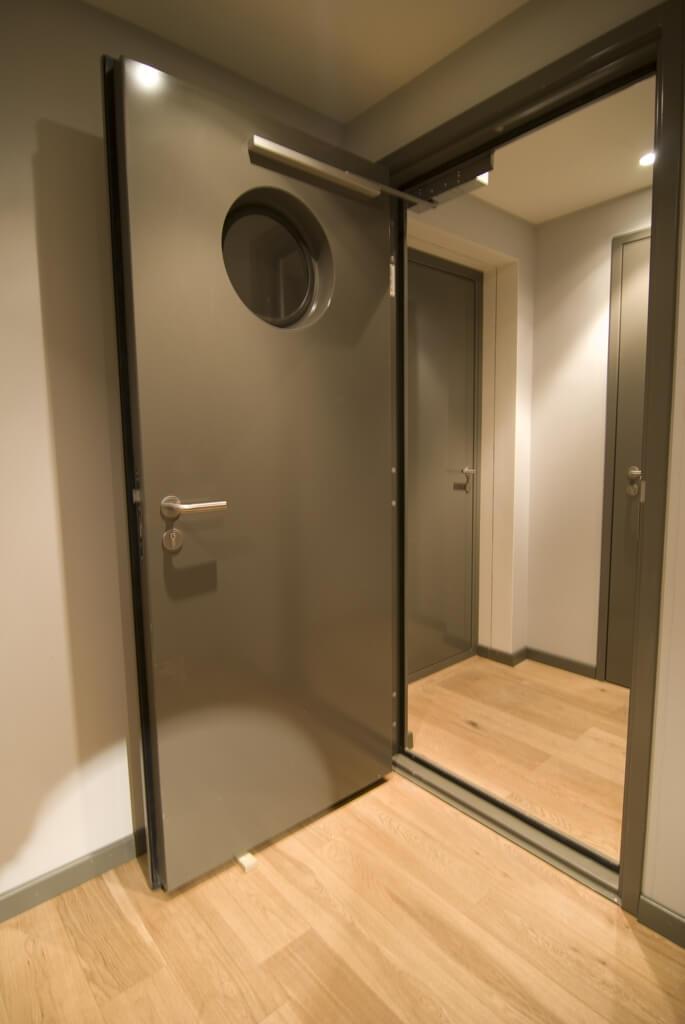 Studio Doors-15@4x
